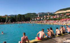 Više od 2.000 Zeničana spas od vrućina potražilo na gradskim bazenima